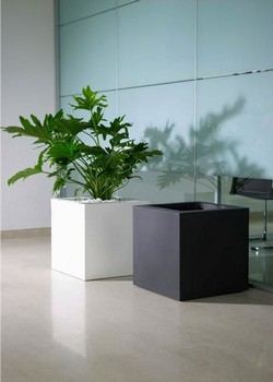 Кашпа за цветя - KUBE (40x40x40h)